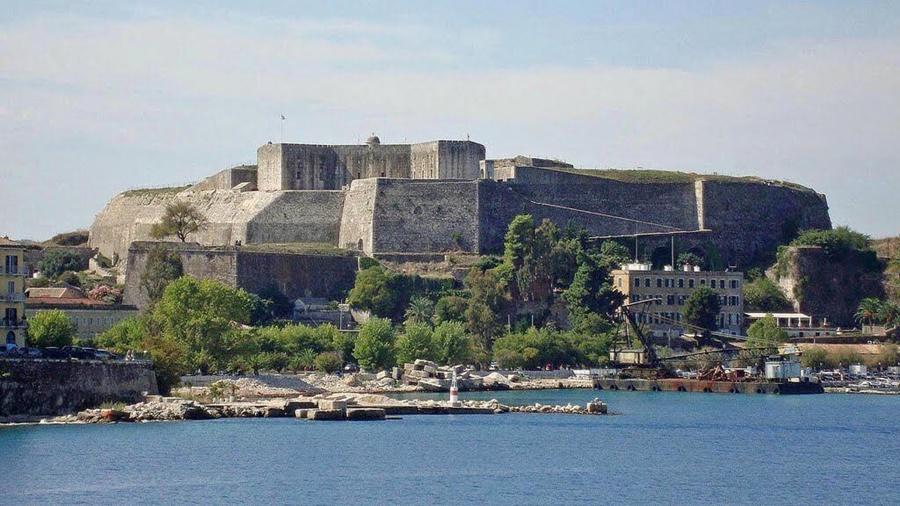 Κλείνει το Νέο Φρούριο για λόγους ασφαλείας... - CorfuPress.com
